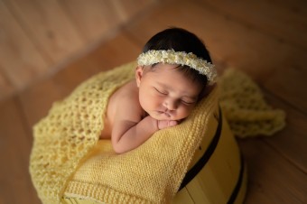 565. Novorodenci