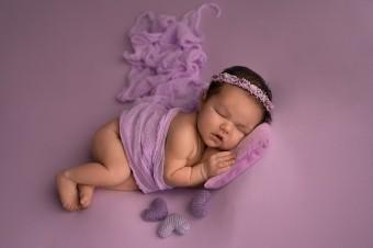 795. Novorodenci