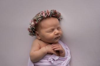 610. Novorodenci