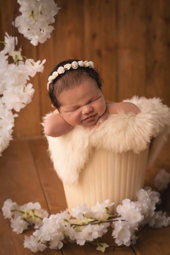 801. Novorodenci